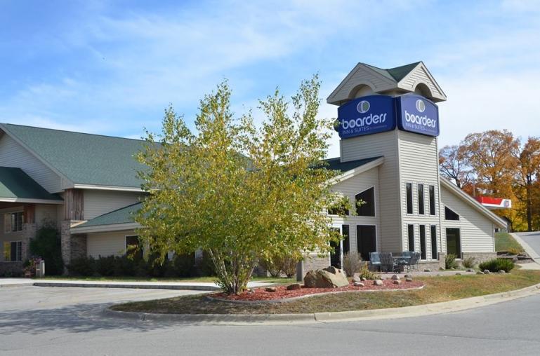 Boarders Inn & Suites by Cobblestone thumbnail